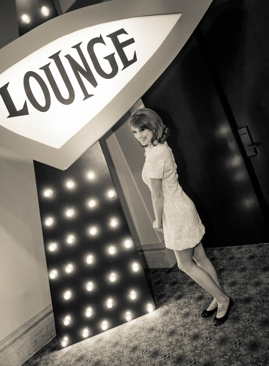 Mid Century Lounge Copyright Zoe Productions 38